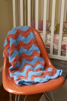 This bright ripple afghan, made with Lion Brand Vanna's Choice Baby, is a fast and easy way to decorate your nursery. Free crochet pattern!
