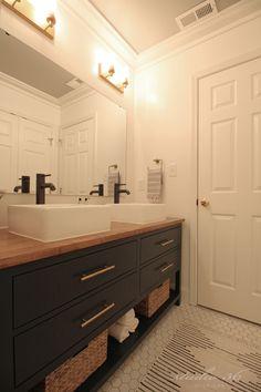 Bathroom remodel diy wood countertops + diy vanity Your One Year-Old's Development The first birthda Diy Vanity, Diy Bathroom Vanity, Diy Bathroom Remodel, Wood Bathroom, Diy Bathroom Decor, Bathroom Renos, Budget Bathroom, Bathroom Renovations, Small Bathroom