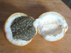 Granadilla  Salvadoran Fruits | You see that? It smells generally fruity in an unidentifiable way...