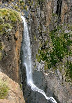 Second highest waterfall in the world (day South Afrika, World Days, Kwazulu Natal, Fall Pictures, Photo Essay, Tourism, National Parks, Scenery, Around The Worlds