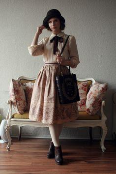 Summer Fashion for women SOmething to wear for the summer days! Cute Fashion, Retro Fashion, Vintage Fashion, Vintage Style, Preppy Outfits, Cute Outfits, Fashion Outfits, Rainy Day Outfit For Work, Vintage Dresses