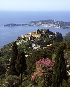 Eze - medievil perched village high above the Riviera - amazing