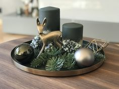 Winter decoration Winter decoration Source by Nordic Christmas, Christmas Love, Winter Christmas, Christmas Greenery, Rustic Christmas, Christmas Wreaths, Thanksgiving Decorations, Xmas Decorations, Halloween