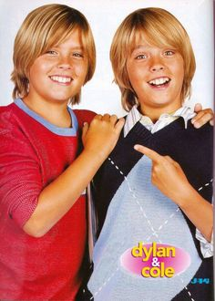 Dylan and Cole Sprouse Sprouse Bros, Dylan Sprouse, Boys Summer Outfits, Summer Boy, Cute Blonde Boys, Cute Boys, Zack Et Cody, Suit Life On Deck, Life Of Kylie