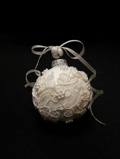Keepsake Ornament Made From Vintage Bridal Gown Great Way To Pass The Heirloom On Wedding Dress CraftsOld