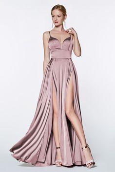 Products Cinderella Divine - Doppelschlitz-Satin-Kleid mit tiefem Ausschnitt The Wonders Of 92 Prom Dresses For Sale, Prom Dresses Online, Dress Sale, Satin Gown, Satin Dresses, Double Slit Dress, Cinderella, Long Evening Gowns, Perfect Prom Dress