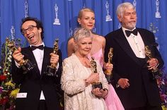 Even Academy Award winning actors sometimes pose for the wrong photo
