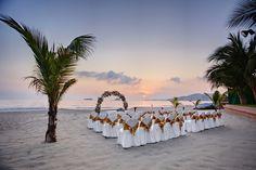 Gorgeous destination wedding sunset ceremony at Barcelo Ixtapa Beach in Mexico. #beachwedding