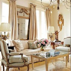 """""""Mi piace"""": 150, commenti: 7 - Amodei Inc. (@amodeidesigns) su Instagram: """"Pretty Monday! #pretty #interiordesign #designer #design #homedecor #livingroom #frenchies1…"""""""