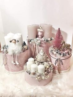 Christmas Vases, Christmas Candle Holders, Christmas Crafts For Gifts, Christmas Gift Wrapping, Christmas Centerpieces, Pink Christmas, Christmas Tree Decorations, Christmas Wreaths, Advent Wreath Candles