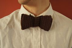 Louie's Loops: FREE crochet bowtie pattern - I'm going to have to give this one a whirl Someone should crochet this for Pastor Mike :) Crochet Bow Ties, Crochet Bow Pattern, Crochet Quilt, Easy Crochet Patterns, Free Pattern, Crochet Ideas, Crochet For Boys, Free Crochet, Knit Crochet