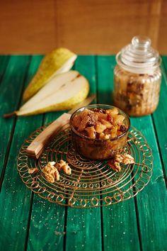 Podzimní hruškové čatní s vlašskými ořechy a rozinkami | Nalož To