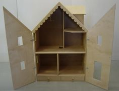 doll house with doors