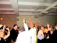 Expressway Music dj/owner David Swirsky dj'd the wedding where most of the 275 guests danced all night.