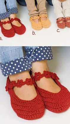 adorable crochet mary janes--free pattern Want these! Crochet Slippers, Knit Or Crochet, Learn To Crochet, Crochet Crafts, Crochet Projects, Confection Au Crochet, Shoe Pattern, Crochet Accessories, Crochet Clothes