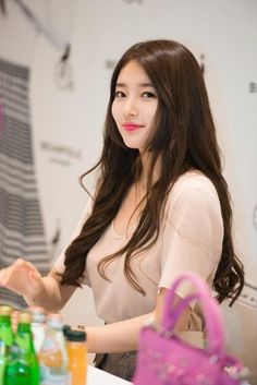 Korean Look, Korean Girl, Bae Suzy, Korean Beauty, Asian Beauty, Miss A Suzy, Korean Celebrities, Korean Actresses, Beautiful Asian Girls