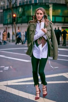 Parka é uma ótima escolha parausar com camisas, tricots e moletoms.