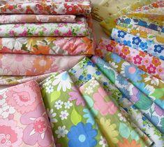 vintage fabrics by Teawagon Motif Vintage, Vintage Textiles, Vintage Quilts, Vintage Patterns, Vintage Floral, Aprons Vintage, Vintage Sheets, Vintage Sewing, Vintage Linen