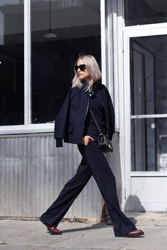 Charlotte from @Thefashionguitar goes her way in Hilfiger Collection and is looking good with it.
