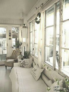 Dreamy cream living room