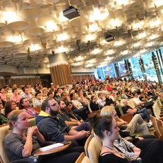 Full house today for the first seminar in our new Tuesday seminar series, 'The Translators', presented by new CEO Professor Carolyn Mountford. Translational Research Institute, Brisbane, Australia. Visit www.tri.edu.au to keep up to date with news from our facility and researchers.