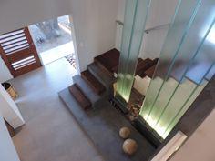 HALL DOBLE ALTURA, CON UGLASS #vidrio #glass #vidro #UGlass