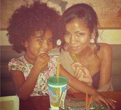Jhene Aiko & daughter