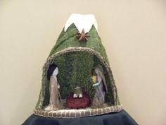 """Natural fiber Nativity set from Ecuador, Holy Family, Nativity scene 6 x 8"""" tall."""