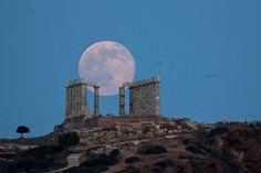 Lever de Lune sur le temple de Poséidon à Athènes (20 juin 2016, veille du solstice)