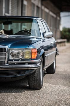 Mercedes-Benz 450SEL 6.9 Was All About Engineering - Photography by Rémi Dargegen