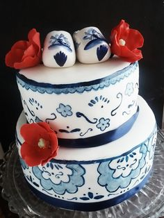 Delft Blue Anniversary Cake Delft blue cake I made for my Oma and Opa's anniversary. I have had this design in mind for a wedding cake...
