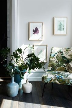 Reminiscent of my dining chairs - same idea with colors/plants