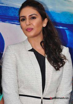 huma-qureshi-bollywood-actress-photos-10.jpg (950×1357)