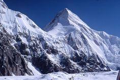 Khan Tengri im Kasachstan Reiseführer http://www.abenteurer.net/3684-kasachstan-reisefuehrer/