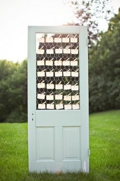 Rustic door and place cards...