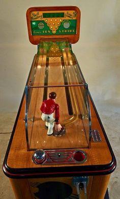 "Vintage Toys 5 Cent Evans ""Ten Strike"" Arcade Bowling Skill Game : Lot 408 - 5 Cent Evans ""Ten Strike"" Arcade Bowling Skill Game Machine, By H. Arcade Game Machines, Arcade Machine, Vending Machines, Vintage Games, Vintage Toys, Retro Arcade Games, Pinball Games, Vintage Slot Machines, Penny Arcade"