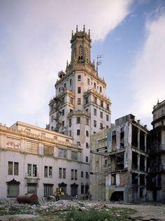 Cuban Telephone Company, 565 Aquila at the corner of Dragones, Centro Habana. Architects: Morales & Co., 1927