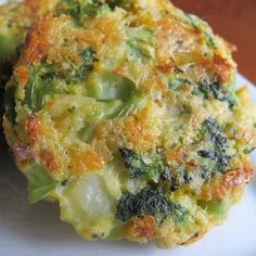 Cheesy Roasted Broccoli Patties Recipe Ingredients 3 tsp vegetable oil 2 clove garlic , minced onion, chopped 12 oz bag frozen broccoli, thawed c panko bread crumbs Vegetable Recipes, Vegetarian Recipes, Cooking Recipes, Healthy Recipes, Easy Recipes, Cooking Tips, Diabetic Recipes, Delicious Recipes, Diabetic Cookbook