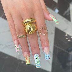 Pink Acrylic Nails, Pastel Nails, Acrylic Nail Designs, Edgy Nails, Trendy Nails, Swag Nails, Nail Design Stiletto, Nail Design Glitter, Drip Nails