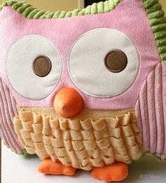 Baby's First Owl    https://pinterest.com/picturesnow/nursery-ideas/