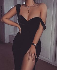 Simple Long Prom Dress With Slit School Dance Dress Fashion . Read more The post Simple Long Prom Dress With Slit School Dance Dress Fashion Winter Formal Dress … appeared first on How To Be Trendy. Winter Formal Dresses, Girls Formal Dresses, Elegant Dresses, Pretty Dresses, Beautiful Dresses, Prom Dresses With Slits, Simple Dresses, Homecoming Dresses, Simple Long Dress