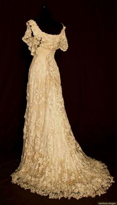 traditional irish celtic wedding dresses - Google Search                                                                                                                                                                                 More