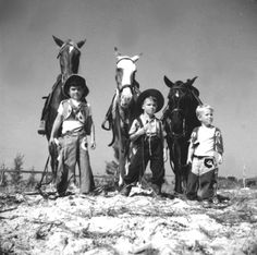 Three boys dressed as a cowboys with their horses: Saint Petersburg, Florida by State Library and Archives of Florida, 1947 Little Cowboy, Cowboy Up, Cowboy And Cowgirl, Real Cowboys, Cowboys And Indians, Old Pictures, Old Photos, Cowboy Pictures, Vintage Children Photos