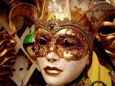 Venetian-Ball-Mask