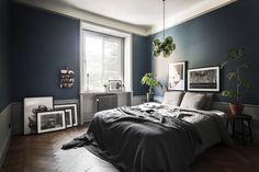 The latest tips and news on Bedroom Decor are on POPSUGAR Home. On POPSUGAR Home you will find everything you need on home décor, garden and Bedroom Decor. Dark Blue Bedrooms, Blue Gray Bedroom, Dark Blue Walls, Blue Rooms, Dark Bedroom Walls, Dark Painted Walls, Cozy Bedroom, Bedroom Decor, Bedroom Ideas