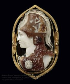 Roman Sardonyx Cameo of Minerva, Julio-Claudian Period, Century AD Mounted as a brooch in a century gold setting. Ancient Jewelry, Antique Jewelry, Vintage Jewelry, Cameo Jewelry, Gold Jewelry, Jewlery, Bijoux Art Nouveau, Roman Jewelry, Ancient Art