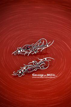 Dwimordene - Sterling silver 925 red garnet floral elfin stud earrings - wire wrap elf woman gift sharp jewelry