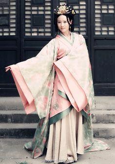 Ancient Chinese Hanfu Fashion