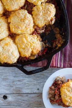 Skillet Turkey Pot Pie // cheesy buttermilk biscuits on top of a flavorful turkey chili, quick and easy dinner via Taste and Tell Blog #comfort