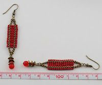 Unstrung Heroes: Easy Red Square Stitch Earrings